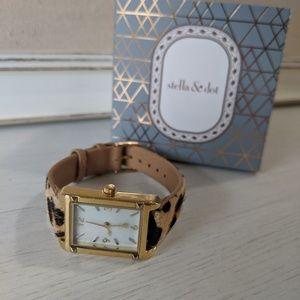 Stella & Dot exotic pyramid watch